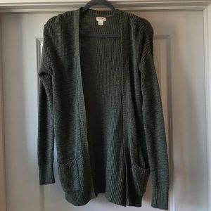 EUC Mossimo Cardigan Olive Green with Pockets M